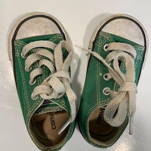 Green converse toddler size 5.